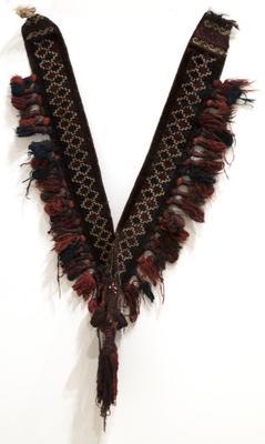 Camel Necklace with Keyfret Design