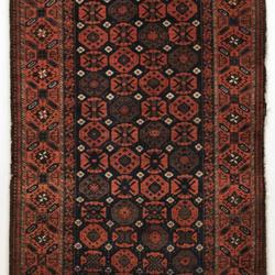 Pile Rug with Stylized Floral Lattice Design