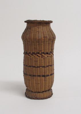 Flower Basket with High Shoulder