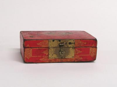 Red Box with Phoenix and Flower Design