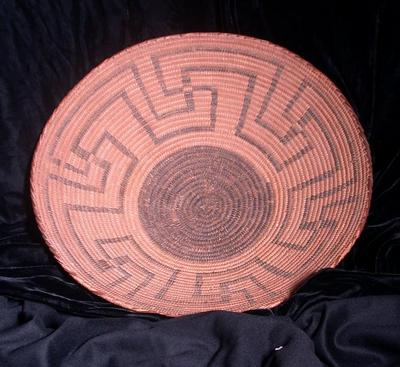 Shallow Tray with Whorl Design