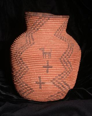 Small Ollah Basket with Man and Dog Motif