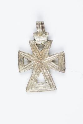 Pendant Cross with Triangular Pattern Design